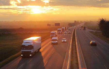 avoiding a truck accident